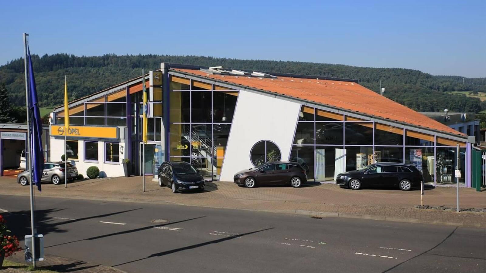 Autohaus Kreis - Großenlüder-Müs - Gebäudeansicht